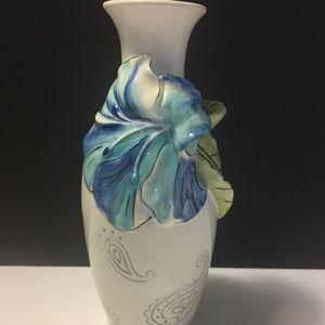 "Fitz and Floyd 7"" Paisley Park bud vase"